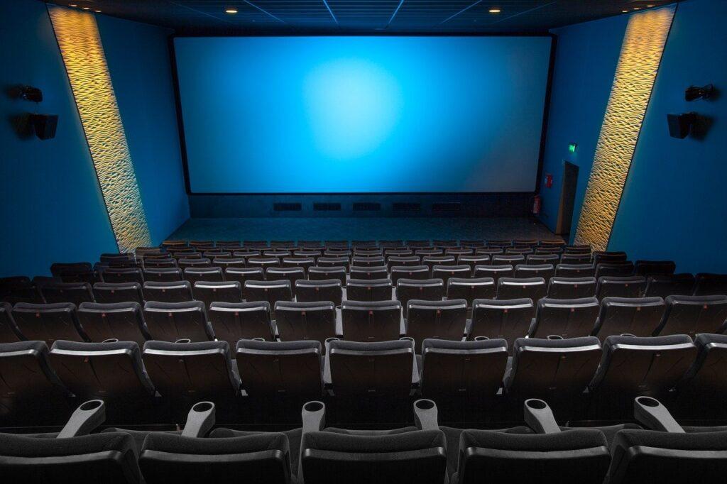 Cinema Hall Film Cinema Lovers  - Derks24 / Pixabay