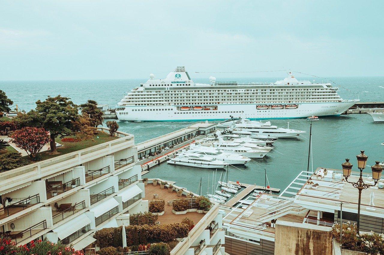 Cruise Ship Dock Boats Yachts  - HelenJank / Pixabay